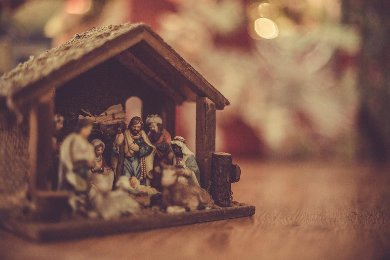 nativity-left.jpg