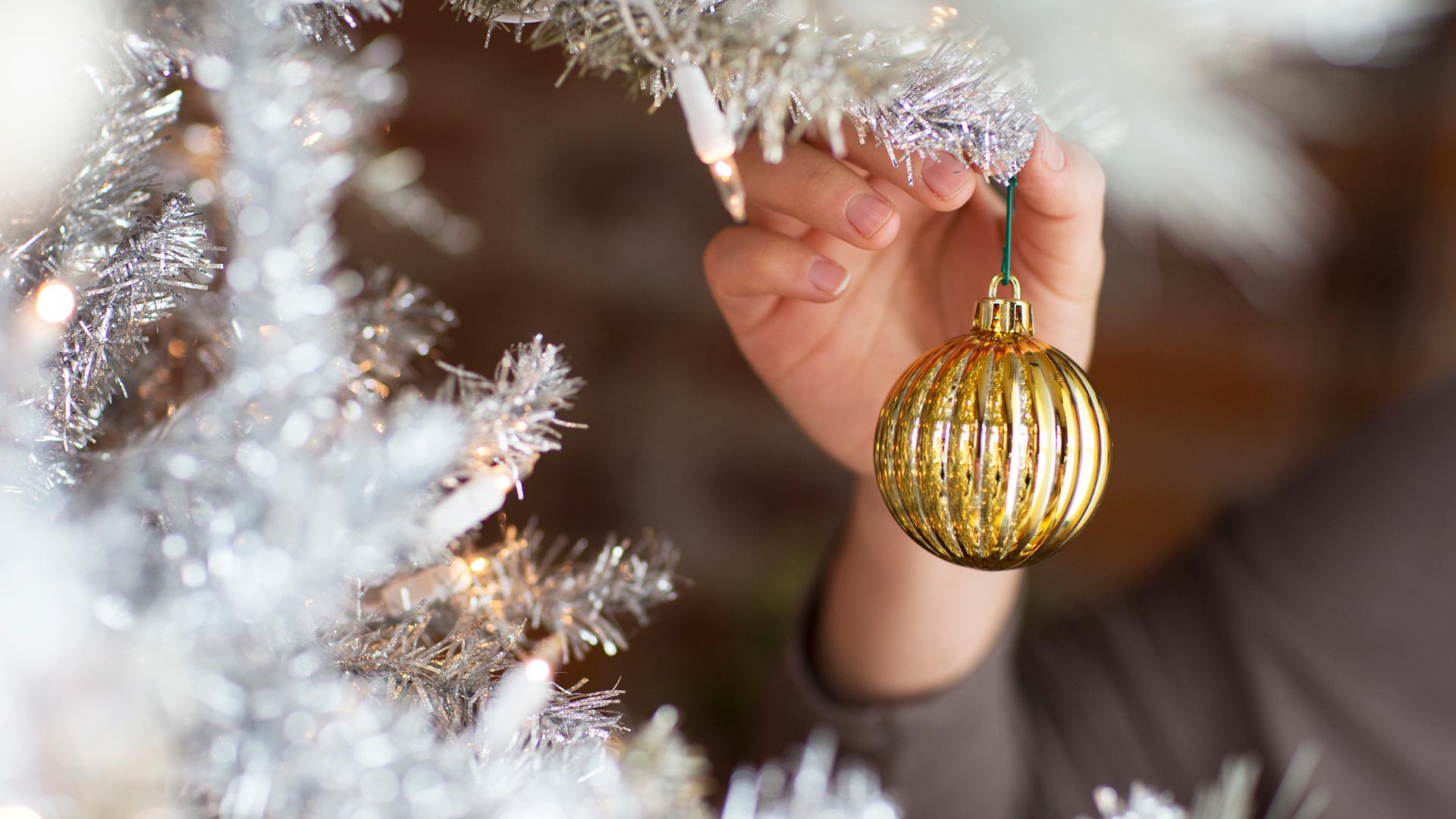 christmas-hand