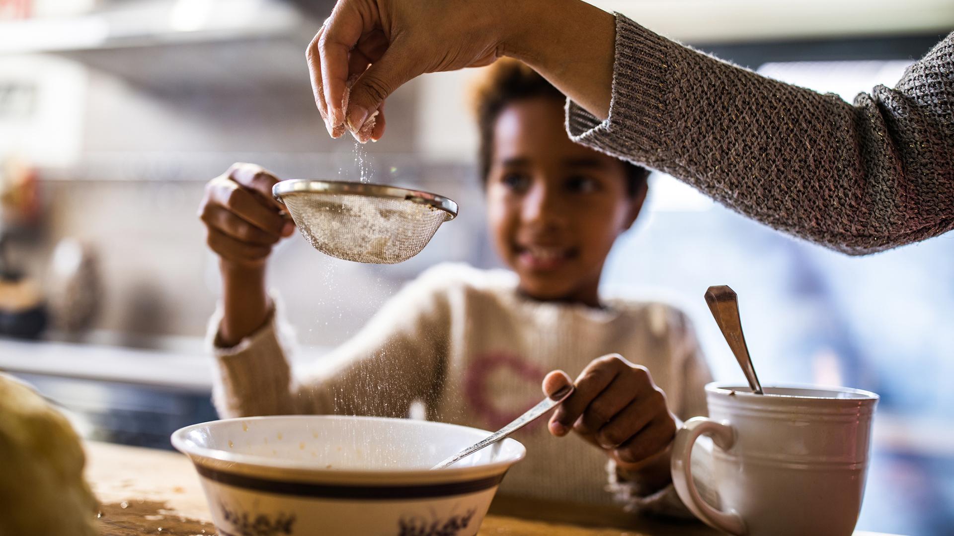 baking-together